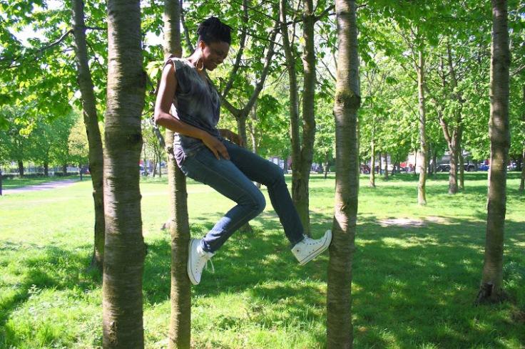 Zee in a tree